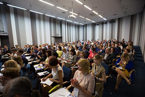 Доступен расширенный отчет, презентации спикеров и проект Резолюции конференции НАУМИР, РМЦ в Ялте «Рынок и регулятор: практические аспекты взаимодействия»